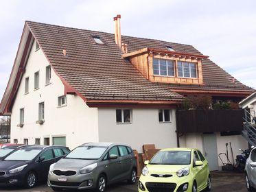 Dachrinne auf dem Steildach, Region Zürich